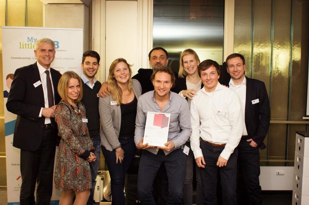 DialogNatives Corporate Design Challenge Preis Übergabe
